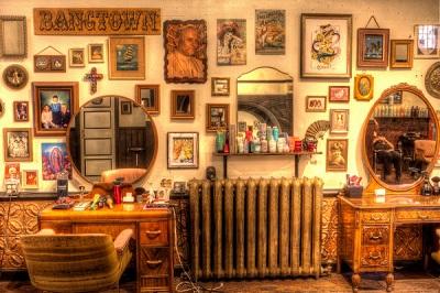 Aranżacja obrazów w salonie
