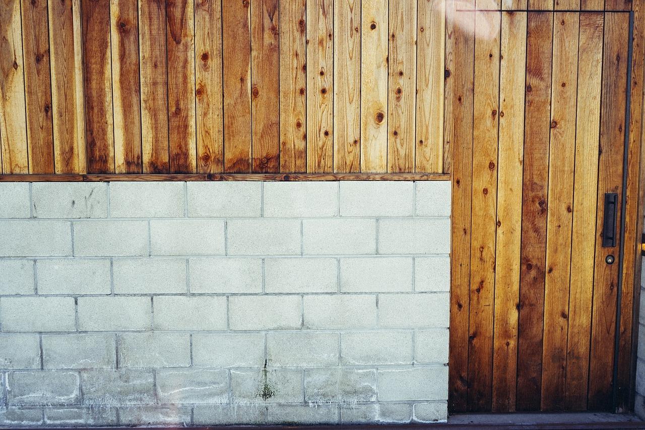 wall-498284_1280