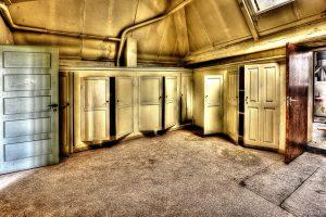 cabinets-426385_960_720