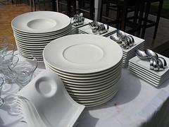 nowoczesna zastawa stołowa